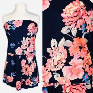 🔖SOLD🔖 EUC Old Navy Navy Floral Tube Top 3x
